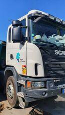 camion-benne SCANIA G440 endommagé