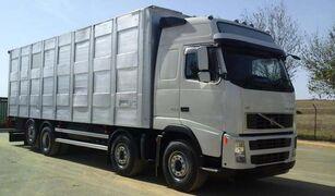 camion bétaillère VOLVO FH16 520