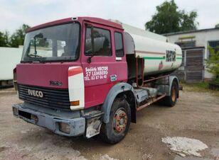 camion-citerne IVECO MAGIRUS