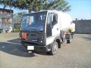 camion de gaz BUCHER 4x2