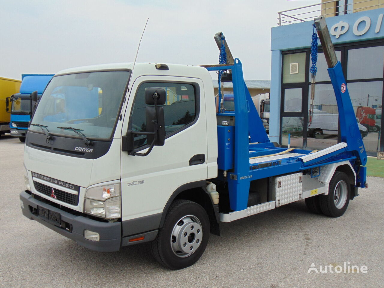 camion multibenne MITSUBISHI FUSO CANTER 7C18