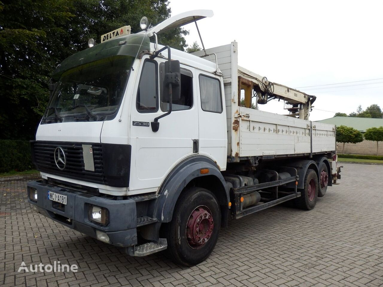 camion plateau ridelles MERCEDES-BENZ SK 2538 6x2 Engine V8 13.t Axles